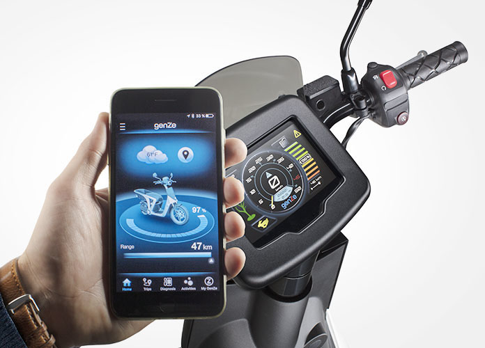 scooter electrique peugeot 2.0 connectivite